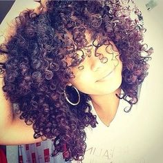 www.shorthaircuts... If you have naturally curly or wavy hair, embrace the texture. | 17 Tricks To Make Thin Hair Look Seriously Thick www.shorthaircuts...