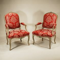 OnlineGalleries.com - A Pair of Louis XV Period French Fauteuils