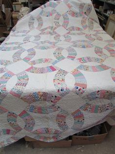 Large Antique Handmade Hand Stitched Double Wedding Ring Quilt B-28