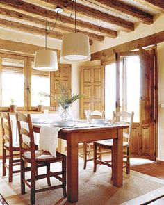 Rustic Style, Country Style, Estilo Country, Houzz, Furniture Decor, Indoor Outdoor, Interior Decorating, Sweet Home, Dining Table
