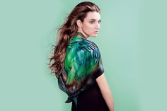 Lauren Bowker | Chameleon clothing adapts to its environment (Wired UK) the unseen | http://seetheunseen.co.uk/