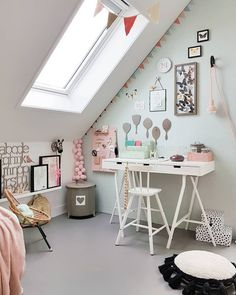 How To Create a Classroom At Home - Block Design's Pegboard and Accessories make a great wall storage solution - Medium Pink Pegboard Cozy Bedroom, Girls Bedroom, Bedroom Decor, Baby Room Design, Baby Room Decor, Kid Desk, Home Learning, Wall Storage, Kids Decor