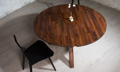 Great texture and contrasting looks wood and leather Design Awards, Furniture Ideas, Solid Wood, Dining Table, Bronze, Texture, Leather, Home Decor, Homemade Home Decor