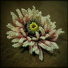 chrysanthemum beaded flower by Wnmo
