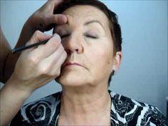 Maquillaje de ojos con parpado caido