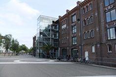 """Voormalig Entrepotgebouw """"De Vijf Werelddelen"""" uit 1879. Handelsplein, Rotterdam"""