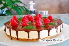 Cheesecake cu ciocolata si zmeura este un desert racoritor si aromat, care va va incanta cu textura sa delicata si contrastul dintre ciocolata si zmeura. Cheesecake, Food And Drink, Desserts, Recipes, Tailgate Desserts, Deserts, Cheesecakes, Recipies, Postres
