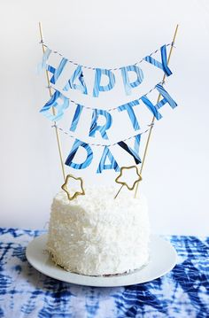 Marbled birthday cake topper | Oh Happy Day