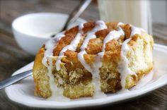 Mia's Eats: Apple Pie Cinnamon Rolls with Coconut Cream Drizzle