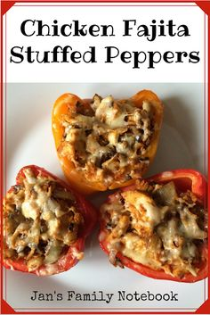 Chicken Fajita Stuffed Peppers is one of our favourite recipes, it is delicious and super healthy too. The fajita seasoning. Chicken Fajita Stuffed Peppers is one of our favourite recipes, it is delicious and super healthy too. The fajita seasoning. Recipes With Chicken And Peppers, Chicken Stuffed Peppers, Stuff Peppers Recipe, Green Pepper Recipes, Mexican Stuffed Peppers, Stuffed Peppers Healthy, Easy Healthy Dinners, Healthy Snacks, Healthy Eating