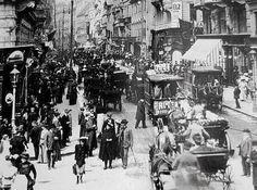 Die Kärntner Straße im Jahre 1905 (damals hatte Wien über 2 Millionen Einwohner, war aber flächenmäßig kleiner als heute) Foto: Emil Mayer