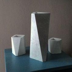 Vasi in cemento bianco fibro-rinforzati e trattati con idrorepellente 2016 https://www.facebook.com/materieprimedesign/
