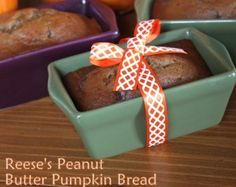 Reese's Peanut Butter Pumpkin Bread hummmlove peanute butter and also pumpking but together??/ ;0