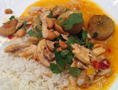 Skinny Curried Chicken (chicken breasts, yellow onions, shredded carrots, baby potatoes, plantain, light coconut milk, panang curry paste, cashews)