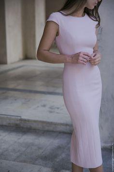 Купить Розовое платье-футляр - розовый, однотонный, платье-футляр, платье…