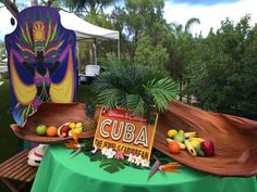 Zperfect Party's Dinner Party / Cuban Theme - Photo Gallery at Catch My Party Cuban Party Theme, Havana Nights Party Theme, 65th Birthday, 30th Birthday Parties, Havanna Party, Island Theme Parties, Party Party, Party Ideas, Quinceanera