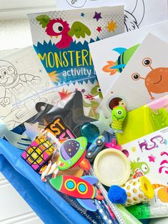 Space Crafts For Kids, Craft Kits For Kids, Crafts For Kids To Make, Kids Crafts, Monster Activities, Activities For Boys, Activity Box, Busy Boxes, Get Well Soon Gifts