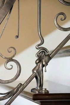 Drip railing
