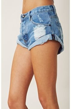 One Teaspoon - Bandits Denim Cutoff Shorts Urban Chic, Estilo Jeans, Summer Outfits, Cute Outfits, Spring Summer Fashion, Passion For Fashion, Dress To Impress, Just In Case, Fashion Forward
