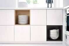 Kombináld a METOD konyhákat a TUTEMO ajtókkal vagy azok nélkül. A TUTEMO két színben kapható. Nyitott és zárt tárolás is megoldható.