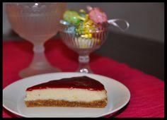 Vegaani juustokakku ja vadelmakastike – Vegan Cheesecake with Raspberry Sauce Vegan Cheesecake, Vegan Cake, Raspberry Sauce, Vegetarian Lifestyle, Raw Food Recipes, Cake Cookies, Margarita, Veggies, Healthy Eating