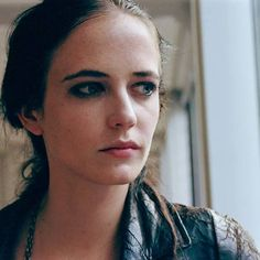 I don't understand how people can say #EvaGreen only plays femme fatales, her roles are so diverse she is different in every movie.