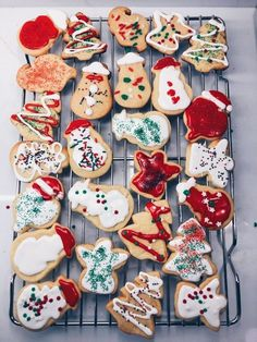 Pin by Chloe Christner on Winter/ christmas time Christmas Feeling, Merry Little Christmas, Cozy Christmas, Christmas Treats, Christmas Baking, Christmas 2019, Christmas Cookies, Christmas Holidays, Christmas Decorations