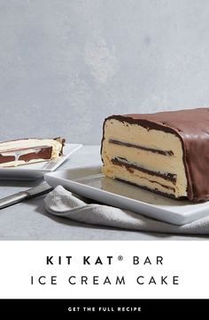 A build-your-own ice-cream cake fit for a crowd that takes only 20 minutes to construct. KIT KAT bars layered with vanilla ice cream and topped with HERSHEY'S Chocolate Shell Topping for a little bit of crunch.