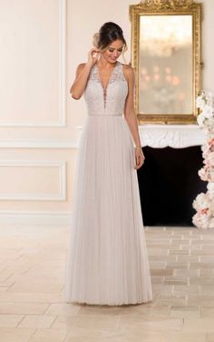 6707 Boho Wedding Dress with French Tulle by Stella York Sweet Wedding Dresses, Boho Wedding Dress, Designer Wedding Dresses, Lace Wedding, Stella York Wedding Gowns, Stella York Bridal, Belle Bridal, Bridal Gowns, Vintage Dresses