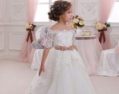 Blanco y azul vestido de niña de las flores por Butterflydressua