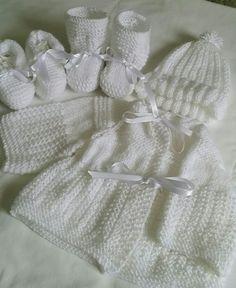 Conjunto de tricô infantil