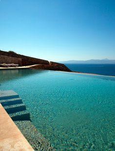 Un baño en la piscina del Cap Rocat