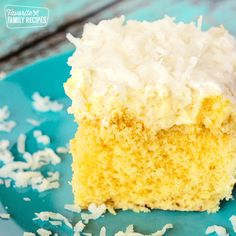 Hawaiian Wedding Cake starts with a simple cake mix. Add a splash of coconut and pineapple and it becomes a refreshing cake that tastes like a piña colada. Hawaiian Desserts, Single Serve Desserts, Dessert Recipes, Tropical Desserts, Hawaiian Luau, Summer Desserts, Easy Cupcake Recipes, Cake Mix Recipes, Recipes