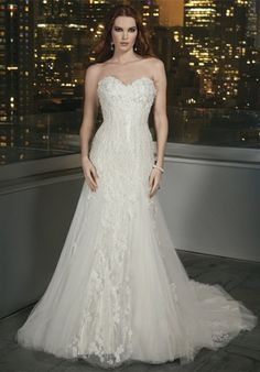 Justin Alexander Wedding Gown, Ivory or Alabaster