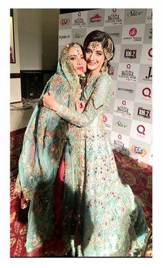 Beautiful Alyzeh Gabol with Best Friend Mawra Hocane at Fashion Show Event! ⚡ #Gorgeous #Elegant #Style #AlyzehGabol #MawraHocane #FashionEvent #HauteCouture #PakistaniFashion #PakistaniActresses #PakistaniCelebrities ✨