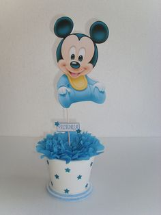 Baby Mickey Mouse, Festa Mickey Baby, Mickey Mouse 1st Birthday, Mickey Party, 1st Boy Birthday, Baby Shower Cake Pops, Baby Shower Table, Boy Baby Shower Themes, Baby Shower Parties