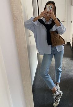 Look Fashion, Daily Fashion, Mode Converse, Mode City, Mode Outfits, Fashion Outfits, Mode Lookbook, Elegantes Outfit, Mode Streetwear