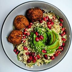 WEBSTA @ buddha_bowls - For today's buddha bowl lunch is this delicious cauliflower rice and zoodles bowl with sweet potato falafel, avocado, seeds and pomegranate jewel by @carolyn_1912😍👅💕🙌🏻.#wholefoods #kaleyeah #foods4thought #beautifulcuisines #onthetable #heresmyfood #smoothie #bbgcommunity #vegan #whatveganseat #feedfeed #nourish #bbggirls #foodie #foodphotographer #buzzfeedfood #huffposttaste #inthekitchen #vegansofig #veganfoodshare #veganism #rawfoods #dairyfree #buddhabowls…