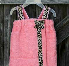 Light Pink Baby Towel Wrap Spa Wrap--With Cheetah Print Ribbon--Available in All Sizes--Wonderful Baby Shower or Birthday Gift. $28.00, via Etsy. Cute Baby Clothes, Diy Clothes, Baby Baskets, Towel Wrap, Baby Towel, Printed Ribbon, Pink Leopard, Diy Stuffed Animals, Baby Sewing