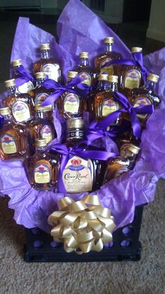 Home Inspiration and DIY Crafts Ideas - Alcohol Gift Basket Ideas . 20 Of the Best Ideas for Alcohol Gift Basket Ideas . Best 25 Liquor T B Alcohol Gift Baskets, Liquor Gift Baskets, Alcohol Gifts, Raffle Baskets, Wine Baskets, Basket Gift, Liquor Bouquet, Gift Bouquet, Candy Bouquet