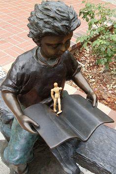 Scenography, Costume Design, History and Art: Fontane a forma di libro / The book fountain / Buch Brunnen / Фонтаны в виде книг.