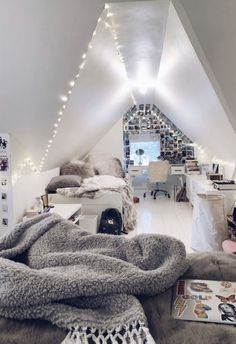 creative ways dream rooms for teens bedrooms small spaces 41 ~ mantulgan.me creative ways dream rooms for tee. Girl Bedroom Designs, Room Ideas Bedroom, Teen Room Decor, Dream Bedroom, Bedroom Small, Girls Bedroom, Diy Bedroom, Bedroom Inspo, Attic Bedroom Ideas For Teens