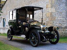 Veteran Car, Montage Photo, Sweet Cars, Vintage Trucks, Vintage Auto, Retro Cars, Hot Cars, Motor Car, Cars And Motorcycles