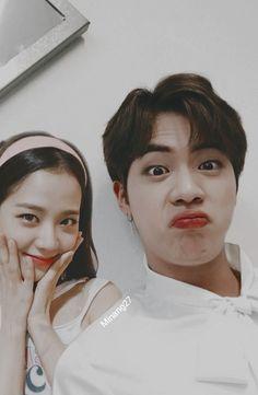 #jinsoo Bts Group Photos, Blackpink Photos, Bts Pictures, Kpop Couples, Cute Couples, Foto Bts, K Pop, Taekook, Relationship Goals Tumblr
