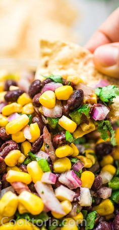 Make this Easy Black Bean and Corn Salsa in just 10 minutes! It's fresh and colorful, perfect for parties, so easy to make, and very addictive! Potluck Recipes, Spring Recipes, Mexican Food Recipes, Appetizer Recipes, Vegan Recipes, Cooking Recipes, Appetizers, Mexican Dishes, Black Bean Corn Salsa