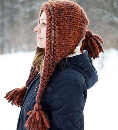 Купить или заказать Вязаная шапка (капор) с кисточками 'Февраль' (крупная вязка) в интернет-магазине на Ярмарке Мастеров. Шапка-капор 'Февраль' связана вручную из толстой фасонной пряжи. Подходит для теплой зимы или холодной весны. Шапочка может быть использована и как шарфик. Расположение цветных полос может слегка отличаться от представленного на фото. Состав пряжи: 30% - шерсть, 10% - мохер, 35% - акрил, 25% - нейлон.