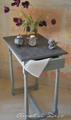 amatxi dco crations ravissante petite table tout en finesse chine dans un vide grenier et