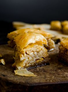 Homemade baklava with loads of walnuts. The layers are so thin and crispy! | giverecipe.com | #baklava #turkish