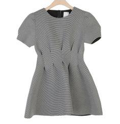 Robe texturée et plissée et la taille, Style Nanda,