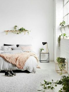 Home accessory: home decor bedroom white pink grey plants greenery black gold copper wood cute